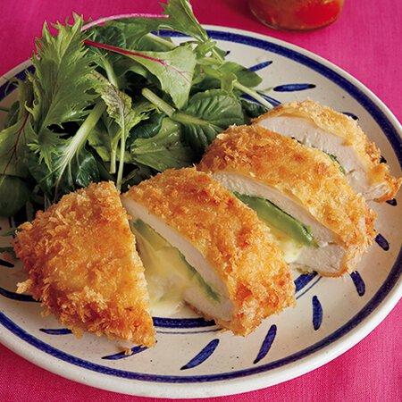 レシピ チーズ チキンカツ 『鶏胸肉のクリームチーズ入りチキンカツ』美味い!安い!簡単!豪華!